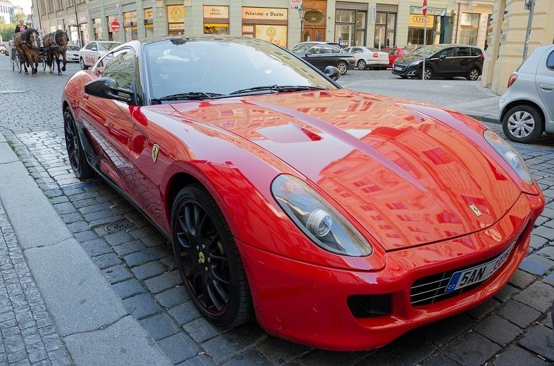 השכרת רכב ספורט בפראג
