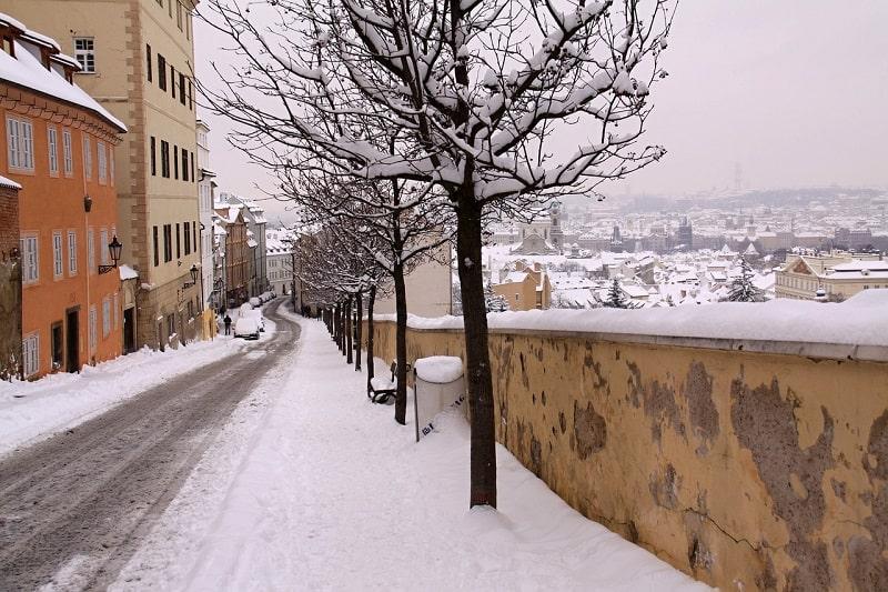 רחוב מושלג בפראג